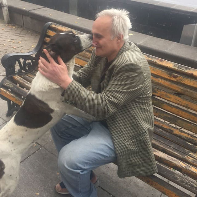man reunites with lost dog 3 years later